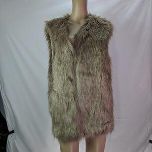 NEW Alberto Makali faux fur vest